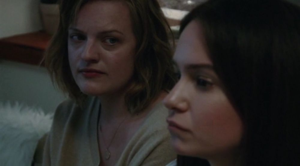 Elisabeth Moss and Katherine Waterston in Queen of Earth